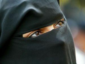 veiled-woman_5965