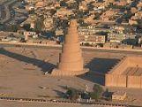180px-The_spiral_minaret_in_Samarra
