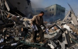 nov-16-2012-aftermath-of-israeli-airstrikes-on-the-civil-administration-building-e28093-gaza-54_4_14_16_11_20122