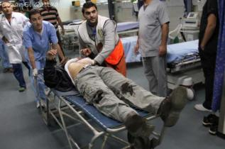 nov-17-2012-gaza-under-attack-israel-by-omar-al-qatta-12