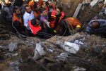 nov-18-2012-gaza-under-attack-by-israel-photo-2012-11-18t070811z_1398938855_gm1e8bi15vo01_rtrmadp_3_palestinians-israel
