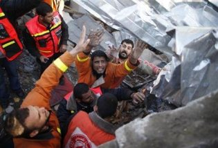 nov-18-2012-gaza-under-attack-by-israel-photo-2012-11-18t092750z_1_cbre8ah0qal00_rtroptp_2_palestinians-israel