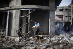nov-18-2012-gaza-under-attack-by-israel-photo-2012-11-18t115450z_1856183539_gm1e8bi1j9b01_rtrmadp_3_palestinians-israel