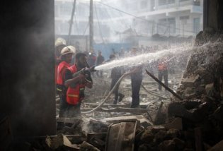 nov-18-2012-gaza-under-attack-by-israel-photo-2012-11-18t120803z_1794496891_gm1e8bi1jvq01_rtrmadp_3_palestinians-israel