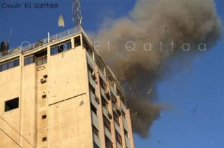 nov-18-2012-gaza-under-attack-by-israel-photo-by-omar-el-qattaa-63360_496004387099855_397036773_n