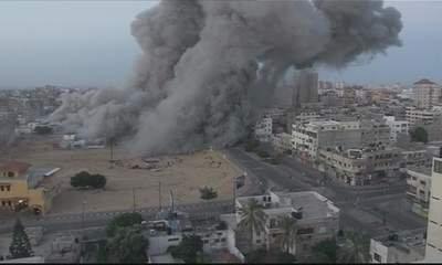 Nov 18 2012 - Gaza Under Attack by Israel Photo evs-xtaccess-2012-11-18-cam-c-04h08m22s05-1-400x240-20121118-005602-162