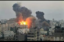 nov-19-2012-gaza-under-attack-4
