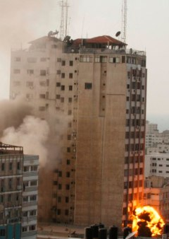 nov-19-2012-gaza-under-attack-7_53_16_19_11_20123