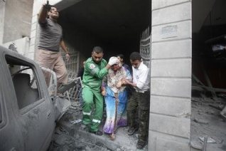 nov-19-2012-gaza-under-attack-israel-photo-2012-11-19t080945z_2_cbre8ai0h8t00_rtroptp_2_palestinians-israel-gaza-house