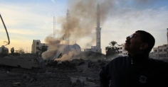 nov-21-2012-the-israeli-targeting-of-the-abu-khadra-governmental-complex-in-gaza-photo-by-paltoday-2