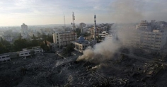 nov-21-2012-the-israeli-targeting-of-the-abu-khadra-governmental-complex-in-gaza-photo-by-paltoday-6