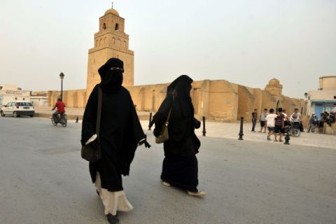 Women-fleeing-Tunisia-to-wage-'sex-jihad'-in-Syria