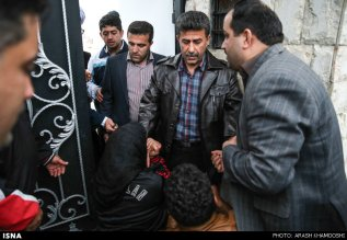 iran-mother-forgives-son-killer-014