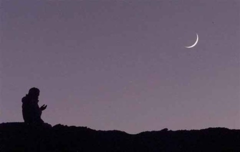 23-5-15_Do-Muslims-Worship-Their-Moon-God-in-Ramadan
