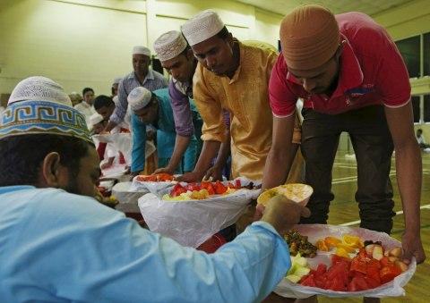 Ramadan-Looks-Like-Around-The-World-20